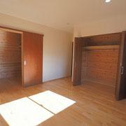 2階の部屋は2部屋あります。