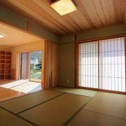 和室はリビングとつながっています。