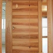建具屋さんに造ってもらったドア。