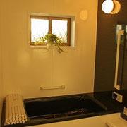1.25坪の浴室。