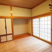 和室には障子の張り替えがないよう、障子に見えるエコ内窓プラマードを付けました。