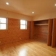 寝室の収納は3箇所あります。