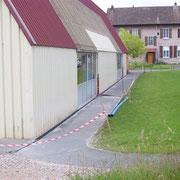 Juin 2012 - Mise en place de grilles d'évacuation d'eau.