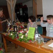 Riesenfreude bei den Referentinnen über das Kochbuch