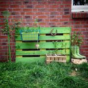 Einfaches Gartendekorationsmöbel