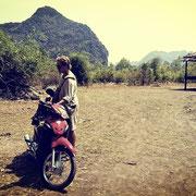 Zu empfehlen: Moped- Motorrad-Tour durch die Provinz Bolikhamsai.