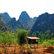 Berglandschaft in der Provinz Khammouan