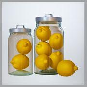 Trilogía de los limones. Óleo/ lienzo. ( tres piezas de 100 x 100 cm cada una ) 2016