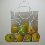 Manzanas. Óleo/ lienzo ( 130 x 130 cm ) 2008