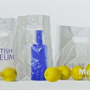Azúl y limones. Óleo/ lienzo ( 60 x 100 cm ) 2009