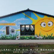 Gemeinde Kindergarten in fredersdorf Vogelsdorf bekamm neuen Anstrich mit Fassadengraffiti
