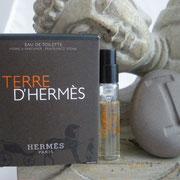 Terre Hermès - Eau de toilette - 2 ml - Pierre à parfumer - -  Parfum: Jean Claude Ellena - Flacon: Philippe Mouquet