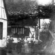 Familie Michael Schneider (Gässelschmidt) im Anwesen Böhlgasse vor 1931