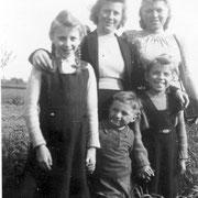Nebel Chausseegard und Geschwister