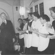 Bundeskanzler Adenauer bei Besuch in der Pfalz