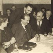 Geinsheimer Prominenz mit Bürgermeister Karl Ramsel, Elisabeth Kästel geb. Steinmetz, Alfons Hofmann, Arthur Stadler