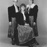 Festdamen zum 200jährigen Jubiläum 1991; Claudia Henkel, Claudia Zürker, Hildegard Schuler
