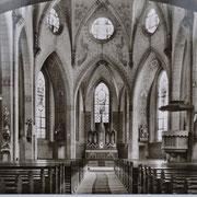 Innenansicht der Kirche mit Bemalung