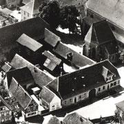 ehemaliges Hofhaus des Speyerer Domkapitels mit Zehntscheune und Präsenzgutshaus