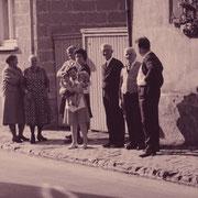 Nachbartreffen mit Hans Mayer und Frau Katharina, Jakob Weber und Frau Katharina, geb. Karpp, Günther Stadkler mit Frau Erika und Tochter und Ännchen Schneider, geb. Hauß
