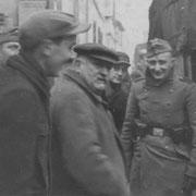 v.r. Anton Schaaf, Gustav Schaaf, Vater Michael Schaaf, Willi Appel (Jäger)