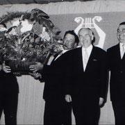 Dirigent Willi Kohl geehrt 1968 (100jähriges Jubiläum des MGV)
