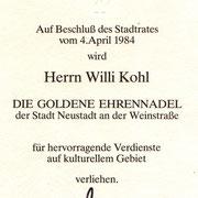 Goldene Ehrennadel für den Dirigenten Willi Kohl 1984