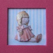 Muñeca sentada. 5 láminas 13 €