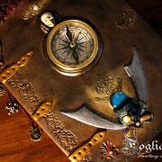 Libro dei Pirati con vera clessidra vintage, scheletro e tesoro!