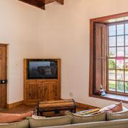 'Watsonia Suite' - Lounge
