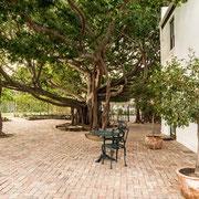 Innenhof (Courtyard)