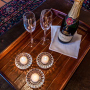 Service Tray with Champagner ...