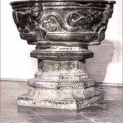 Romanischer Taufstein
