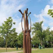 """Dr. Rolf Laven, """"Feder_Klang_Spiel"""", 2006, Stahl"""