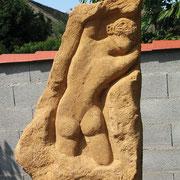 """Jenny Linsbauer, """"Nubifer"""" (Wolkentragend), 2010, Sandstein"""