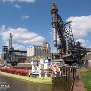 Getreidehafen - Mai 2010 - KATI L  Länge: 100m; Breite: 16m