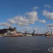 Wendebecken - Oktober 2009 - YASEMIN Länge: 105m; Breite: 16m