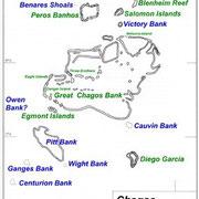 Des récifs coraliens ; la seule partie occupée est Diego Garcia, au sud est...