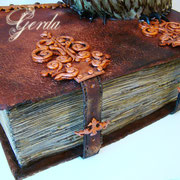 """Торт """"Старинная книга и филин"""" 8кг. Бисквит, персики, персиковый сироп, йогуртовый крем."""