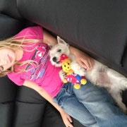 Max mit neuer Freundin :-)))))