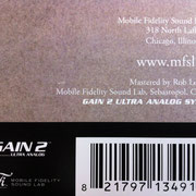 "MoFiのアナログ盤ジャケットに記された""GAIN 2 Ultra Analog System™"""