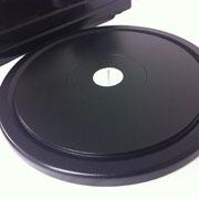 特殊カーボン製HD kit によりさらに深い静寂感、キレと厚みある中低域を楽しめます。