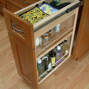 Spice Pull-Out Base Cabinet