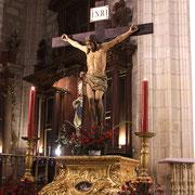 El Cristo del Silencio sobre su Peana durante el Pregón de Semana Santa