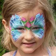 Schmetterlingmaske mit Rosen
