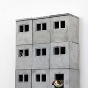 """""""Sozialspatzenbau"""" - modulare Nistkästen für Spatzen (Koloniebrüter) 2020 Guss aus hochfestem Beton; 9 Module; incl. Eingang + Dach offene Edition ohne Zertifikat 52 x 42 x 14"""