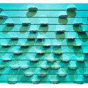 AQUA I 2020 glasiertes Porzellan, Platin, Acryllack + Licht auf genutetem MDF  80 x 120 x 10 cm