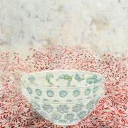 Stillleben 2 Schale 2019 Paraffin und Öl auf Papier 65 x 45 cm