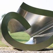 Loftshape (330) 2002 Edelstahl 100kg 70 x 130 x 90 cm