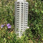 Sozialbienenbau (Hongkong) 2018 Beton Ed. ca. 42 x 11 x 5 cm